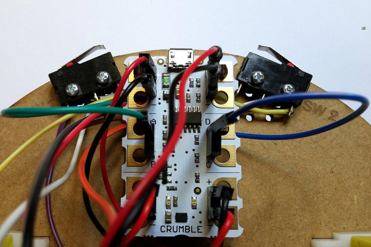 Montaje_Crumble_Robot_Uno_Plus_36