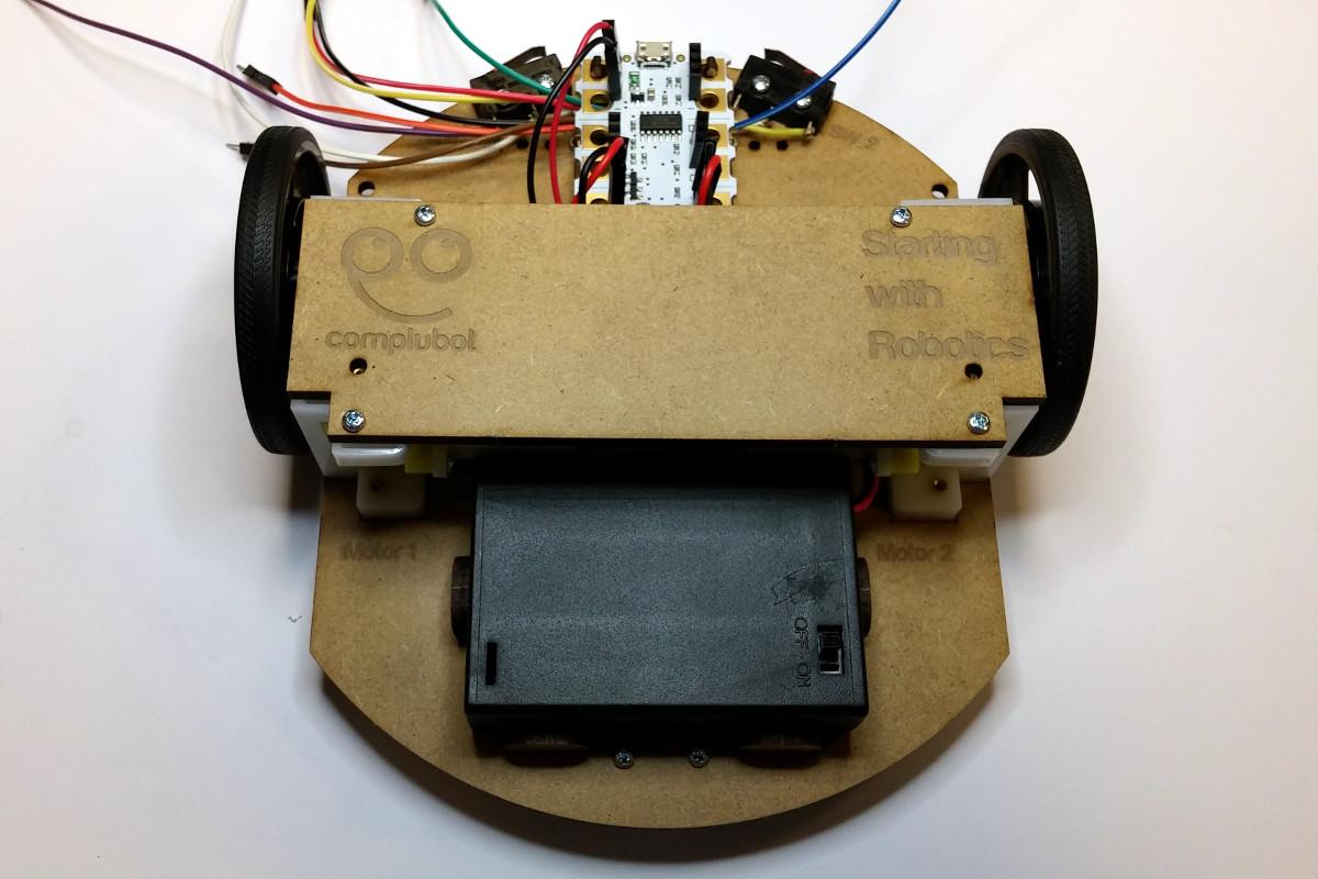 Montaje_Crumble_Robot_Uno_Plus_30