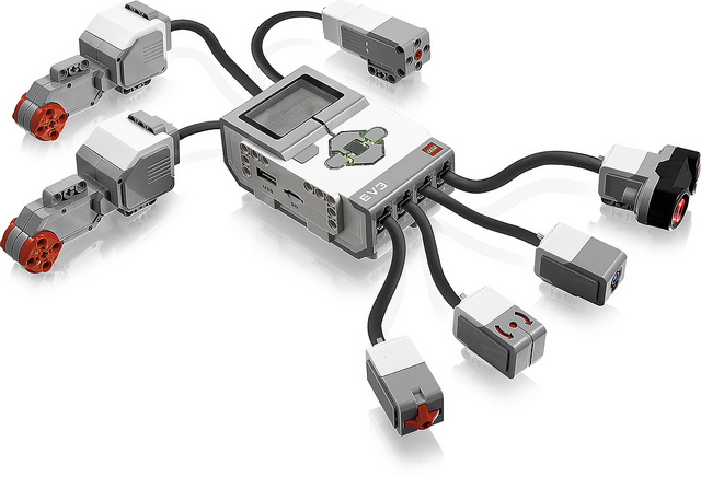 LEGO-MINDSTORMS-EV3_01